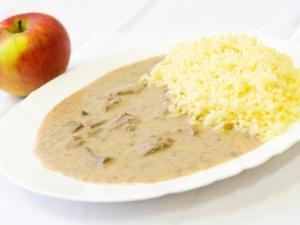 Játra na smetaně, dušená rýže kari