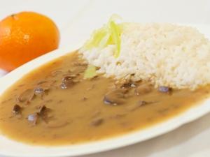 Ledvinky na cibulce, dušená rýže