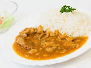 Masová směs po čínsku, rýže
