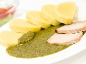 Vepřová pečeně, bramborový knedlík, špenát